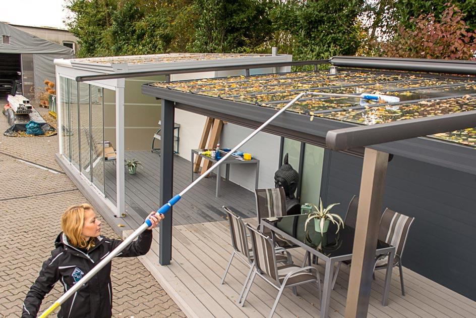 Terrassendach-Pflege